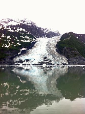 Prince-William-Sound-Eco-Tours-Crazy-Rays-Adventures-Glacier-2